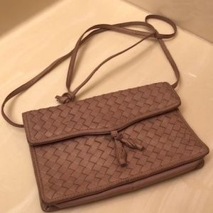 Vintage* Bottega Veneta crossbody purse
